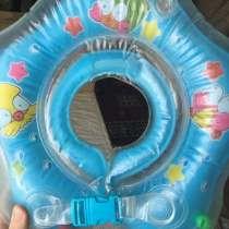 Круг для купания, в Азове
