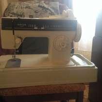 Швейная машинка SINGER, в Омске