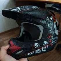 Шлем для мотокросса, в Волжский