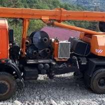 Продам бурильно-крановую машину БКМ-1514, в Перми