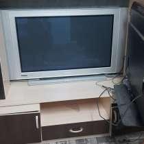 Продам недорого жк телевизор в рабочем состояние, в Барнауле