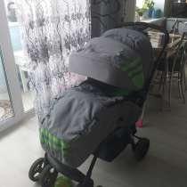 Продаю прогулочную коляску, в Туле