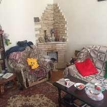 Хорошая квартира в хорошем районе, в г.Баку