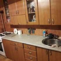 Продается 4-х комнатная квартира Добровольского, 7, в Омске