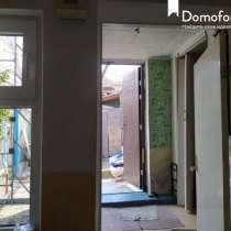 Продаётся уютная и тёплая квартира в районе центра, в Симферополе