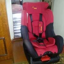 Продаю детское автомобильное кресло, в Барнауле