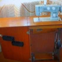 Швейная машина Подольск-142 стол-тумба полированная, в Ростове-на-Дону