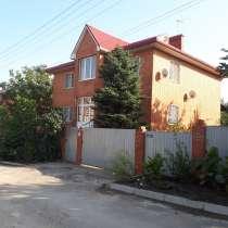 Двухэтажный дом на учаске 14 соток в черте города, в Ростове-на-Дону