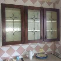 Кухонный гарнитур, шкаф, туалетный стол с зеркалом, в г.Луганск