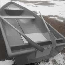 Новую лодку с рундуками от производителя, в Санкт-Петербурге