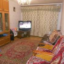 Продам 3-комнатную квартиру на Шефской 16, в Екатеринбурге