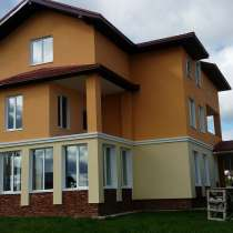Новый кирпичный дом в коттеджном поселке на Новой Риге, в Звенигороде