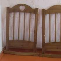 Отдам деревянную детскую кроватку для новорождённого, в Красноярске