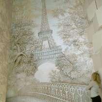 Роспись стен. Барельеф, в Иркутске