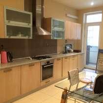 Продаю 2 комнатную квартиру, в г.Баку