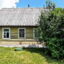 Крепкий домик с баней в хуторного типа деревушке под Псковом, в Пскове