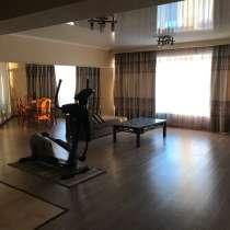 Срочно сдается квартира в центре города Квартира, в г.Бишкек