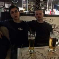 Макс, 19 лет, хочет пообщаться, в г.Минск