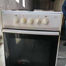 Продам Б/У двери (10 штук) и электроплиту. не дорого, в Томске