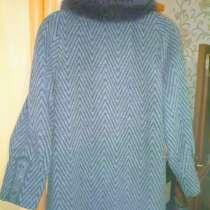 Пальто зимнее женское с натуральным мехом ламы, в Краснодаре