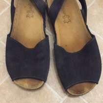 Женская обувь, в Адлере