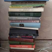 Отдам бесплатно книги, только самовывоз!, в Орле
