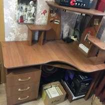 Продаю компьютерный стол, в Салавате