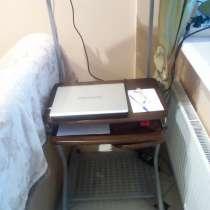 Компьютерный стол, в Долгопрудном
