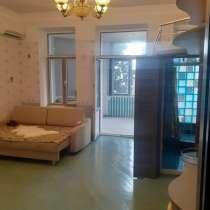 Квартира-студия с видом на море, в Ялте