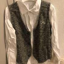 Белая рубашка + жилет на пуговицах, в Туле