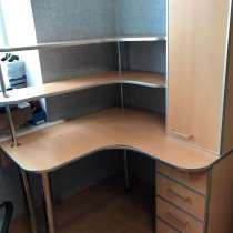 Письменный стол, в Комсомольске-на-Амуре