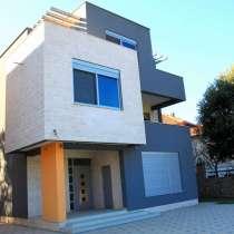Два новых дома с бассейнами у моря в Утехе, Бар Черногория, в г.Будва