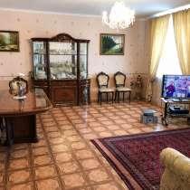 4-комнатная элитная квартира, в Омске