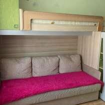 Продам детская мебель:кровать, матрац, комод, пенал, стол. С, в Артеме