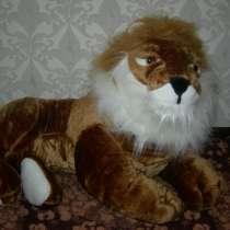 Лев. Большой, в Санкт-Петербурге