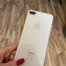 IPhone 8+ 64Gb золотой, в Хабаровске