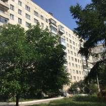 Продам двухкомнатную квартиру, в Челябинске