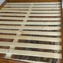 Продаётся двухспальная кровать 140×200 б/у без матраса в хор, в Малоярославце