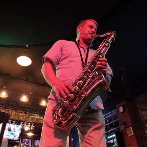 Профессиональный саксофонист, в Самаре