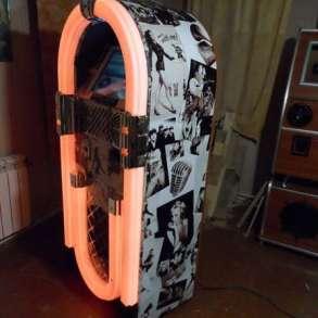 Музыкальный ретро-автомат, в Москве