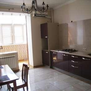1 комн. квартира 54 кв. м центр г. Серпухов в отличном сост, в Подольске