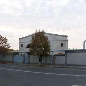 Частный Дом в Ереване, Эребуни, гараж, прекрасный бассейн, в г.Ереван