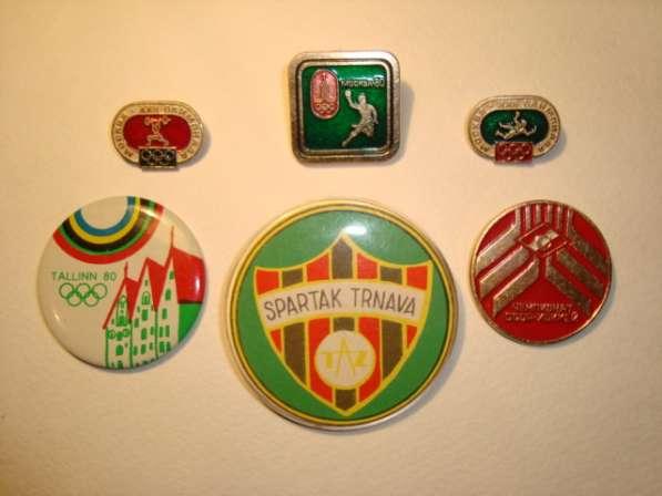 Продам значки для коллекции
