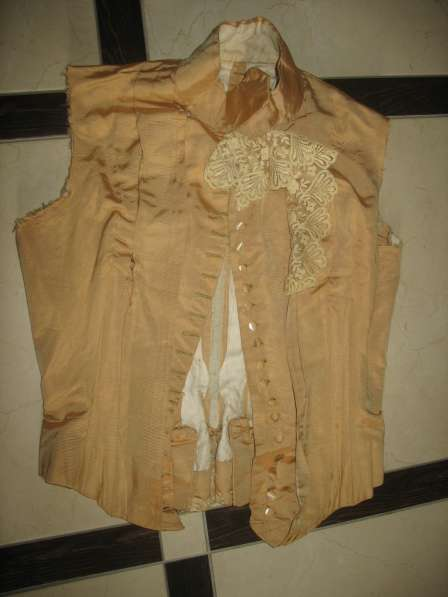 Дореволюционная одежда. Женский корсет. Кружева