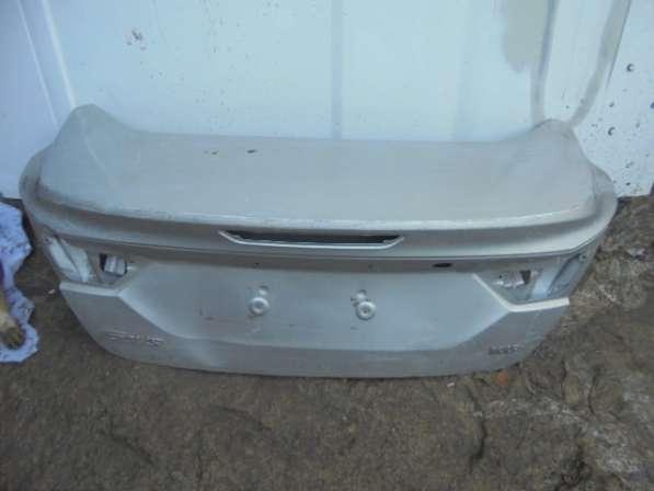 задняя крышка багажника Ford fokus 3(седан)