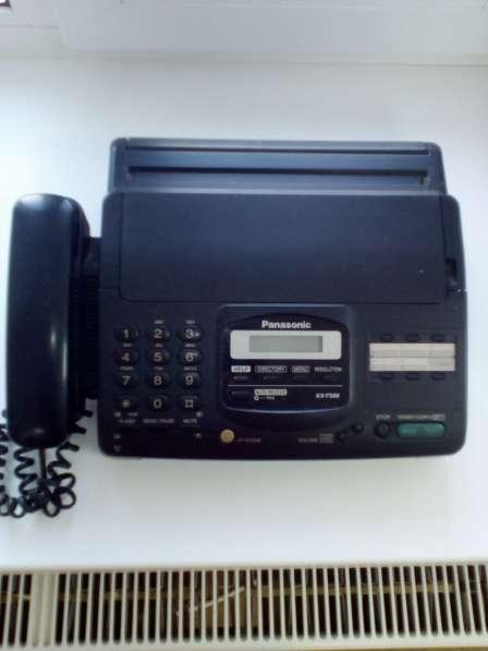 Продам телефон факс.