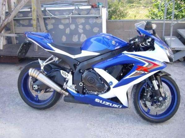 Продам Suzuki GSX-R750