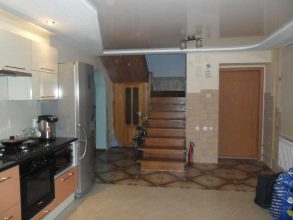 Продам 2-х этажный Коттедж с евроремонтом в Санкт-Петербурге фото 9