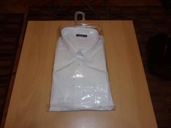 Новая, мужская рубашка белого цвета