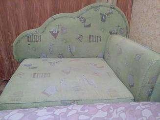 Продам детский раскладной диванчик!!!